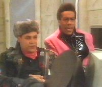 Cat and Lister watch 'Kryten independence'